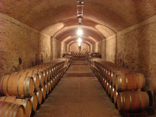Bodegas Aruspide cellar